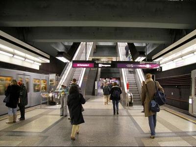 地铁声学处理前后