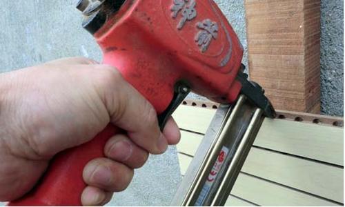 槽木吸音板安装方法