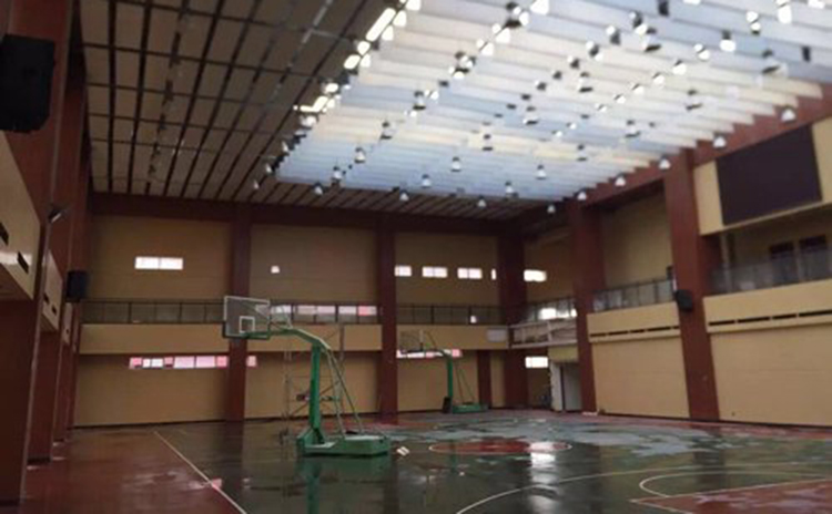 重庆中学体育馆吸音板工程