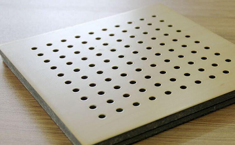 陶铝吸音冲孔板-1